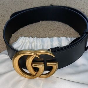 Black Gucci Belt with Double G Buckle
